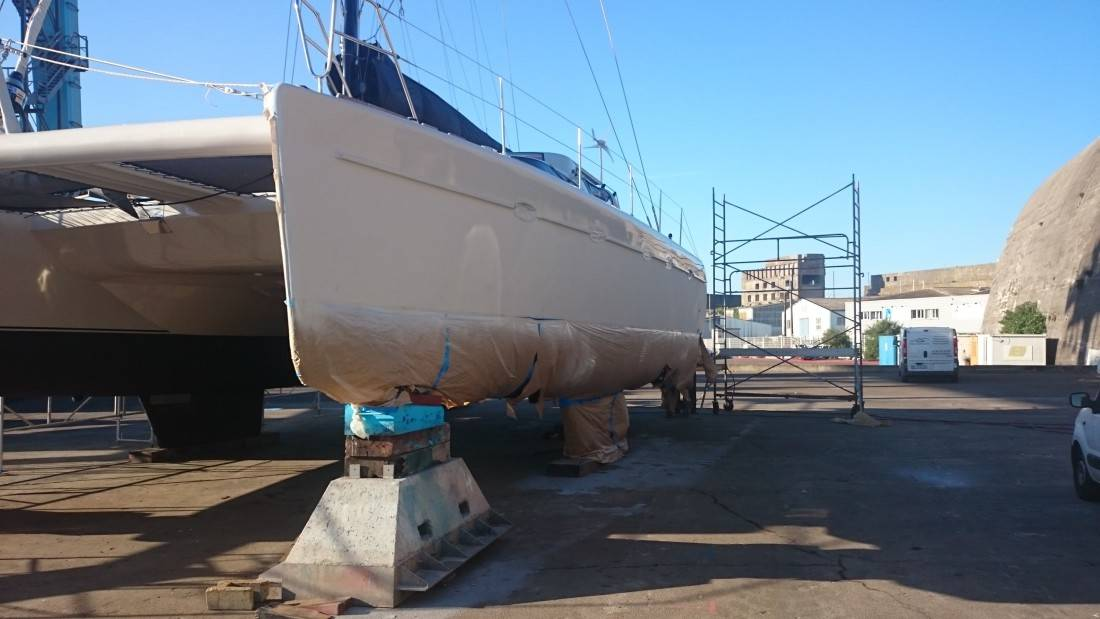 peinture coque bateau polyester